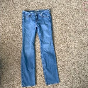 hollister light washed jeans